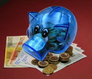 optimieren und Sie sparen bis zu 60% Beitrag pro Jahr; Bild: R. Sturm / pixelio.de